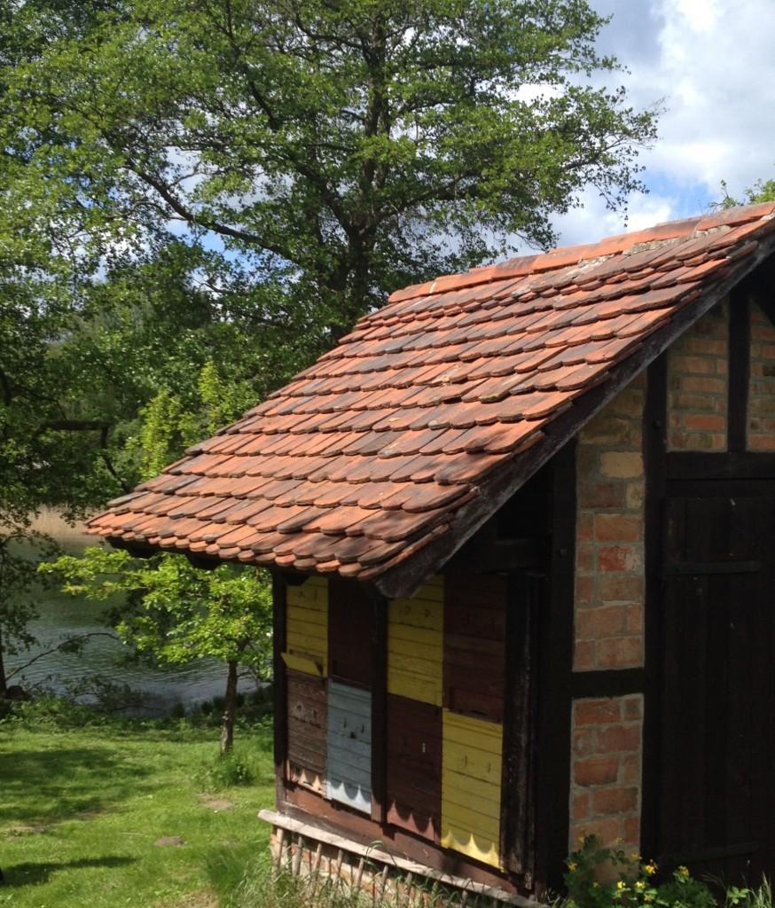 Bienenhaus im Garten des Fallada-Hauses