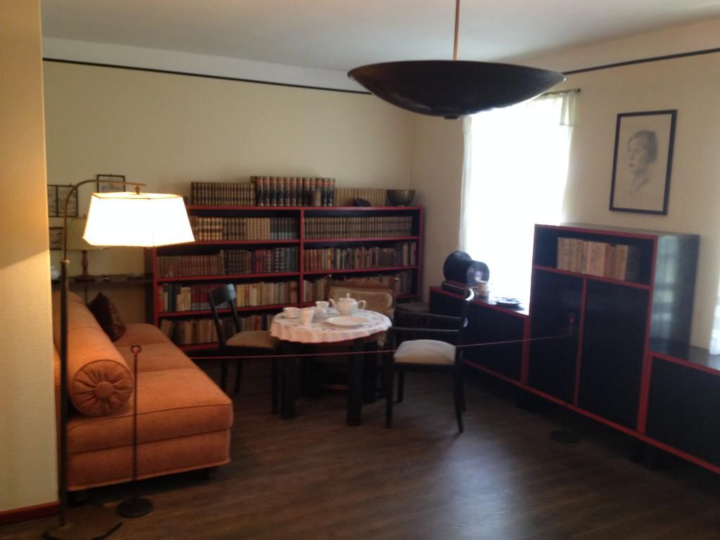 Das Wohnzimmer im Fallada-Haus
